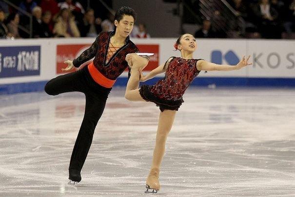 270366_le-couple-chinois-sui-wenjing-et-han-cong-aux-championnats-des-quatre-continents-le-12-fevrtier-2012-a-coloradfo-springs